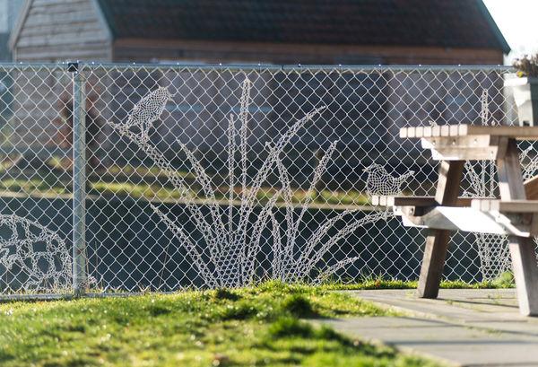 Bello resistente e senza manutenzione porte finestre for Oscuranti per recinzioni