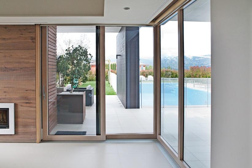 Villa arena malara architetti porte finestre - Finestre scorrevoli dimensioni ...